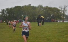 Runner Stevie Pizzo racing at Sterling State park